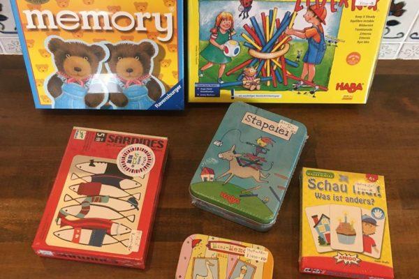 帰省のお土産や、親戚の子どもさんへのプレゼントに、皆で遊べるゲーム、おすすめですよ!